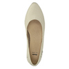 Leather low-heeled court shoes bata, beige , 624-1603 - 19