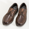 Men's leather shoes with distinctive sole bata, brown , 826-4917 - 16